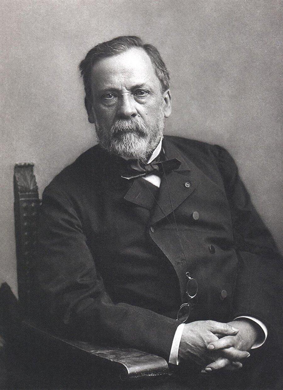 Kuduz aşısını bulan Louis Pasteur ise Fransızdır.