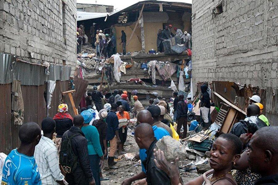 Binada yaşayan 49 kişi yaşamını yitirdi.