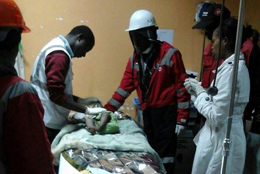 Çöken binada 80 saat boyunca kurtarılmayı bekleyen 6 aylık bir bebek de vardı.