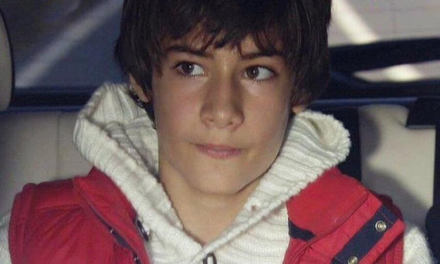 """2008'de Aşk-ı Memnu                                      Aşk-ı Memnu dizisinde 2008 ile 2010 yıllarında """"Bülent Ziyagil"""" rolünü canlandırdı."""