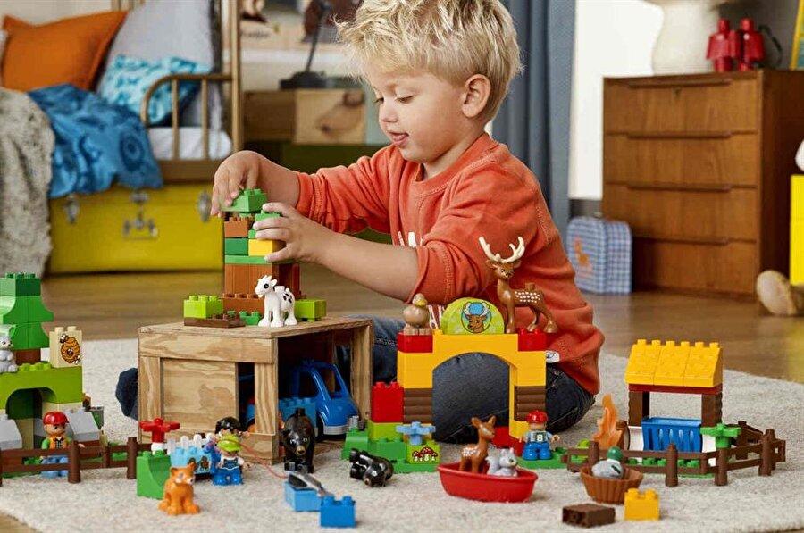 Lego kuleleri
