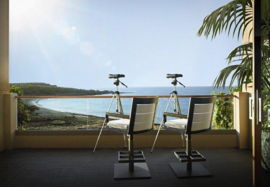 Four Seasons Resort Lanai, Lanai, Havai                                      Gecelik: 21.000 $