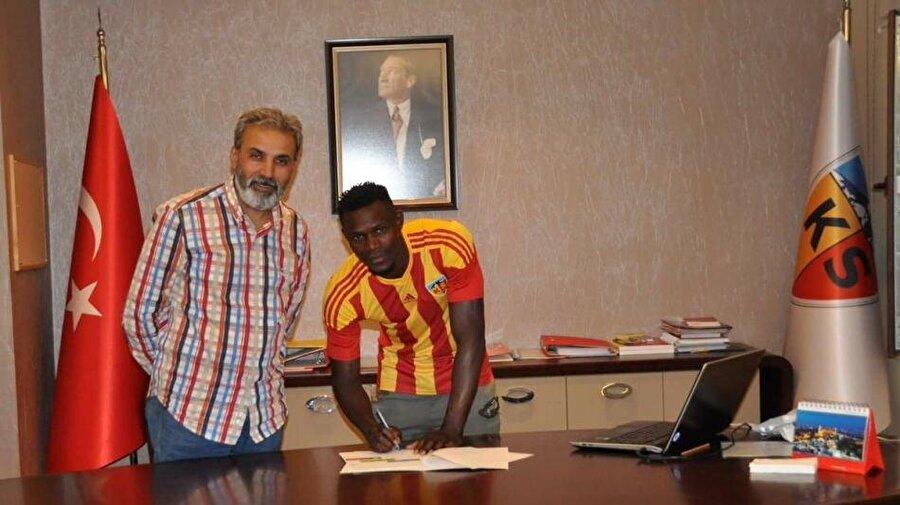 Stephane Badji                                                                                                                                                     Eski Takımı: AnderlechtYeni Takımı: Kayserispor