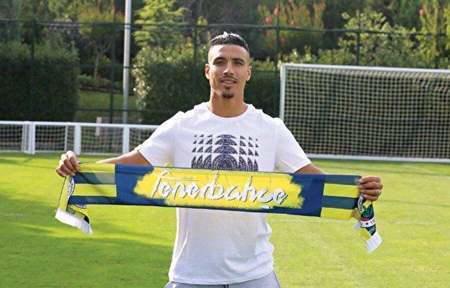 Nabil Dirar                                                                                                                                                     Eski Takımı: MonacoYeni Takımı: Fenerbahçe