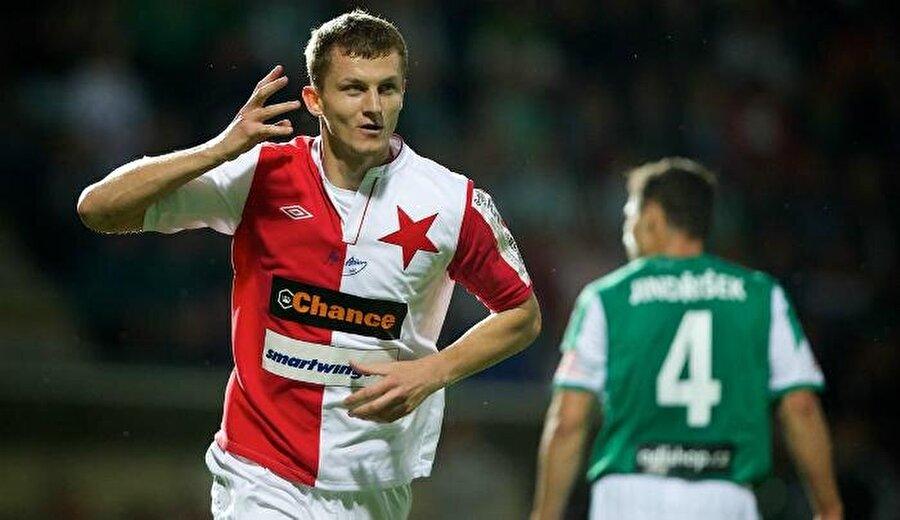 Tomas Necid                                                                                                                                                     Eski Takımı: BursasporYeni Takımı: Slavia Prag