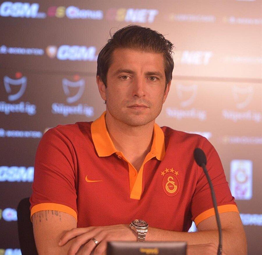 Cedric Carrasso                                                                                                                                                     Eski Takımı: Bordeaux (Bonservisi Elinde)Yeni Takımı: Galatasaray