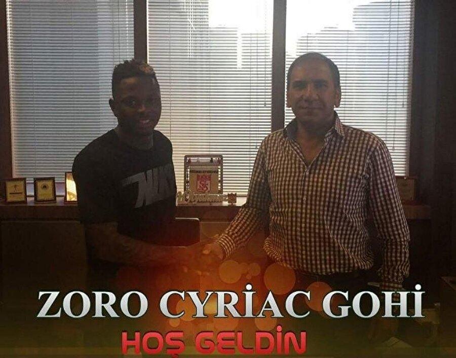 Cyriac                                                                                                                                                     Eski Takımı: OostandeYeni Takımı: Demir Grup Sivasspor