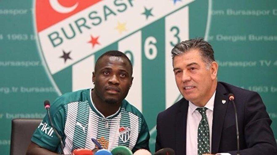 Dzon Delarge                                                                                                                                                     Eski Takımı: OsmanlısporYeni Takımı: Bursaspor