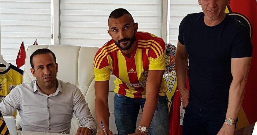 Yalçın Ayhan                                                                                                                                                     Eski Takımı: Medipol BaşakşehirYeni Takımı: Yeni Malatyaspor