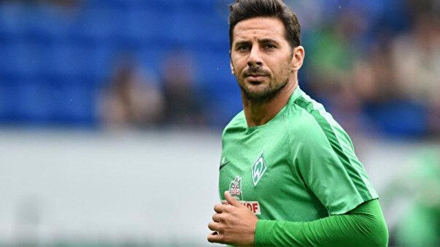 Claudio Pizarro  Yaş: 38Mevki: Forvet En son oynadığı takım: Werder Bremen