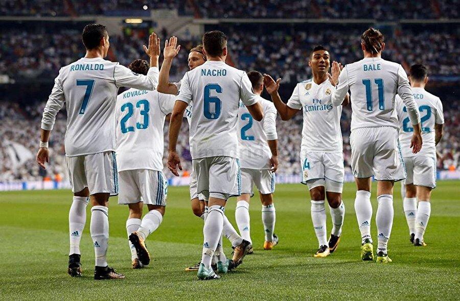 1-) Real Madrid