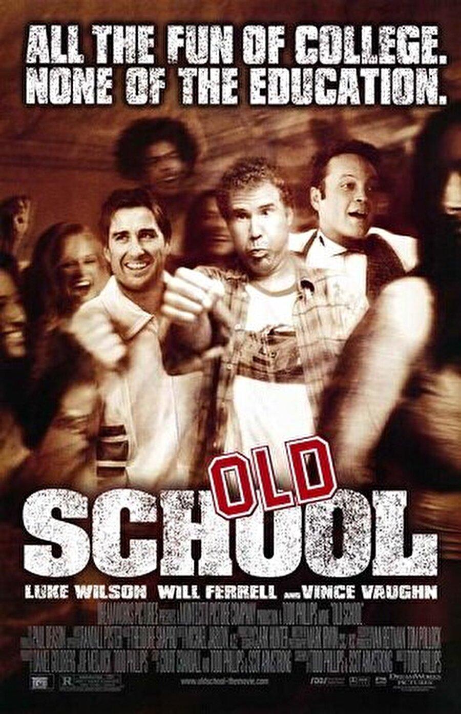 1.Old School (2003)                                                                           Hayatınız sıkıcı, çekilmez bir seyir izlemeye başladığında, eski günlere dönmek istediğiniz oldu mu hiç? Peki okul günlerine geri dönmek ister misiniz? Merak etmeyin sıkıcı dersler ve hocalar yok. Derslerin olmadığı bir okul dönemi düşleyin... Geyik Muhabbeti (Road Trip) yönetmeni, bu  filminde geyikçilerin on yıl sonraki durumlarına odaklanıyor. Şatafatlı bir okul dönemi geçiren, yaşı otuzlarında üç kafadar, eski günlerdeki tat ve dokuyu yeniden yakalamak isterler. Derslerden bağımsız, yani çekirdeksiz bir okul dönemi yaratıp kendilerini oraya kilitlemek en büyük hayalleridir.