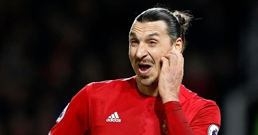 Manchester United serüveni                                      Yıldız futbolcu Temmuz 2016'da Manchester United'a imza attı. Ada ekibiyle 46 maça çıkan İbrahimovic 28 gol atıp, 10 asist yaptı.