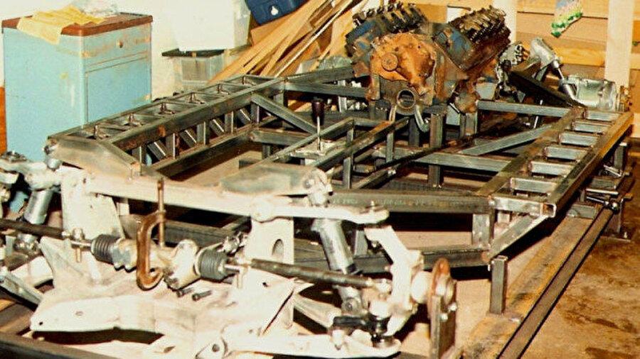 Lamborghini'nin yapım aşamasını kaydeden  Ken Imhoff bu süreci bizlerle paylaştı