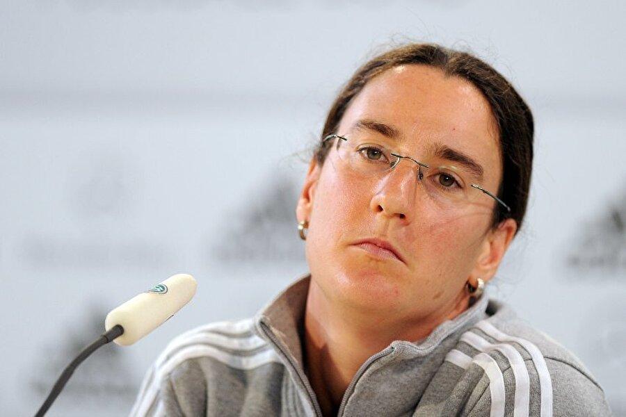 Prinz, Alman kadın futbolcuların en önemli idollerinden biri durumunda.