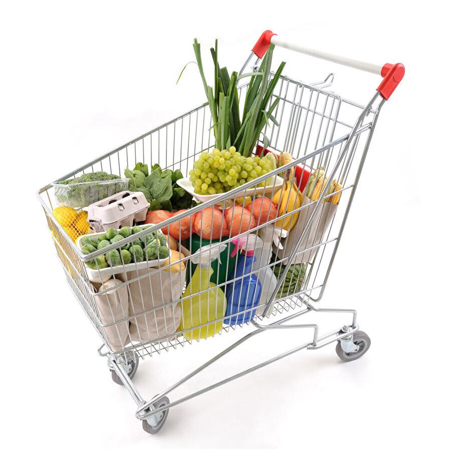 5.Alışveriş araçları ve sepetleri daha fazla ürün satın alınmasını sağlamak için büyükçe yapılır. Deneylerde,  boyutu iki katına çıkarınca tüketimin yüzde 19 oranında arttığı gözlemlenmiştir.