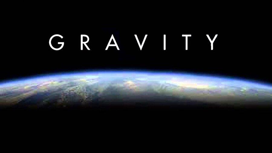 Bir insan, uzay boşluğu içerisinde, tamamen korumasız biçimde maksimum 2 dakika yaşamını sürdürebilir. (Bkz: Gravity)