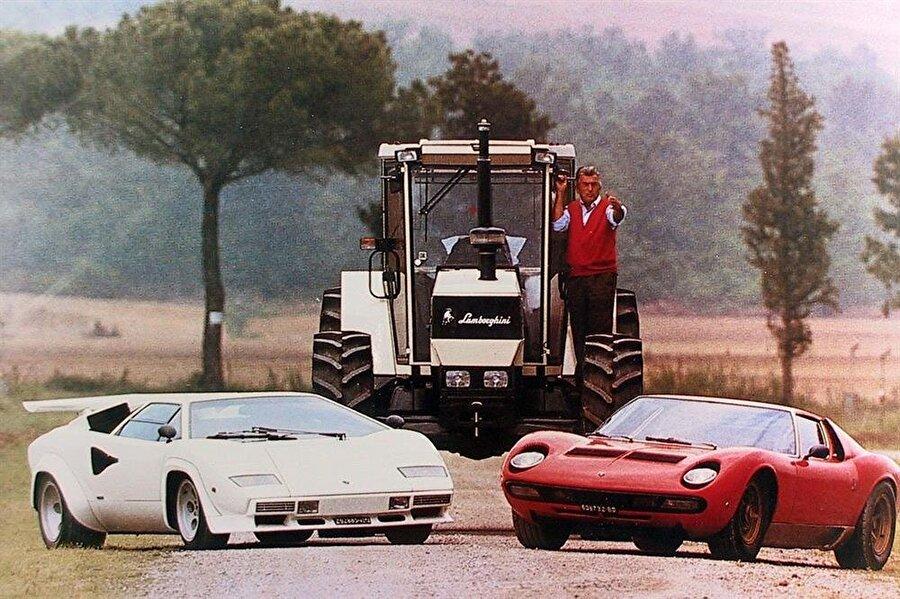 2. Dünya Savaşı'ndan önce çiftçilere kolay çözümler sunan bir girişimciydi. Savaştan sonra traktör fabrikasını kuran Ferruccio Lamborghini, aynı zamanda bir spor otomobil hayranıydı.