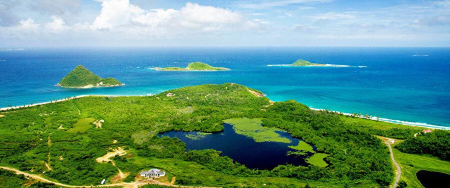Grenada 348.5 km² yüz ölçümü olan Grenada'nın nüfusu 107 bindir.