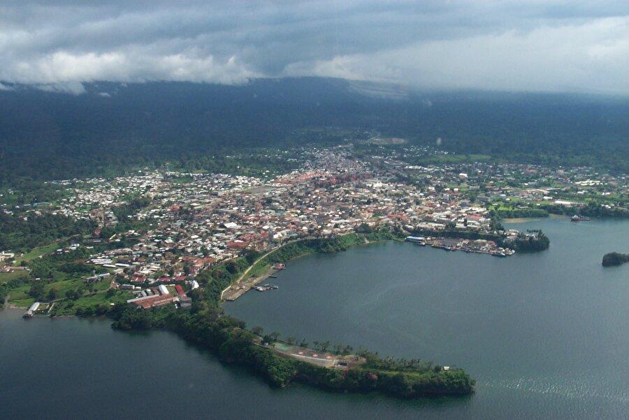 Marshall Adaları Marshall Adaları nüfusu 58 bin kişiden oluşurken yü zölçümü 1812 km²'dir.