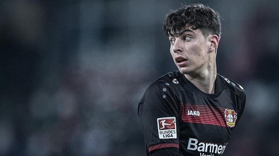 Kai Havertz                                      Achen altyapısından yetişen Havertz, 2010 yaşında yani henüz 11 yaşındayken Bayer Leverkusen altyapısına transfer oldu. Yaklaşık 7 yıldır forma giydiği altyapıdan A takıma yükselen genç 10 numara, bu sezon 12 resmi maçta süre aldı. Piyasa değeri ise 8 milyon avro.