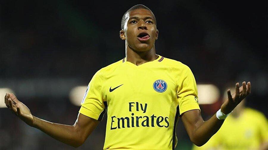 Kylian Mbappe                                      Birçok otorite tarafından yalnızca Monaco'nun değil hem Fransız hem de Avrupa futbolunun en büyük yıldız adayı olarak kabul ediliyor. Geçtiğimiz yıl sergilediği müthiş performansın ardından 35 milyon avro gibi rekor bir kiralama bedeliyle Paris Saint Germain kadrosuna dahil olan Mbappe, içinde bulunduğumuz sezona 13 maçta 7 gol ve 6 asist sığdırdı. Yetenekli oyuncunun güncel piyasa değeri 90 milyon avro.