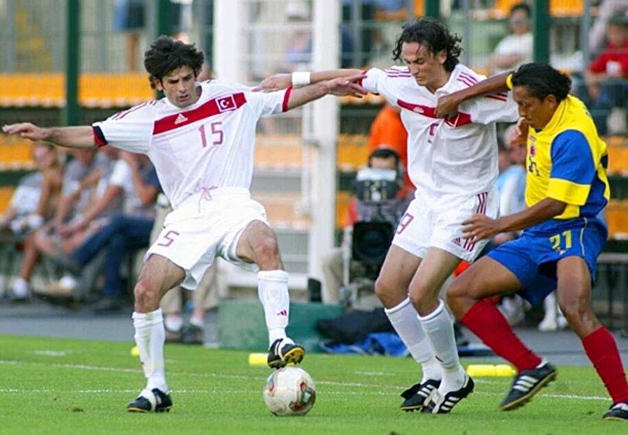 Büyük başarı Türkiye ardındansa 2003 FIFA Konfederasyon Kupası'nda da üçüncü oldu.