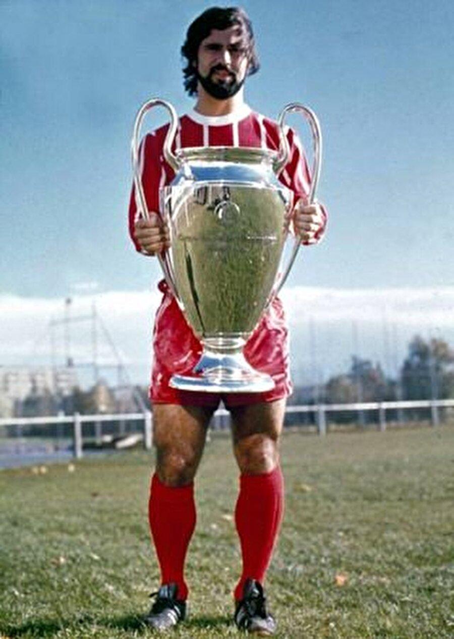 Bayern Münih'le birlikte Müller; 4 Bundesliga Şampiyonluğu, 4 DFB-Pokal Kupası, 1 UEFA Kupa Galipleri Kupası, 3 Şampiyon Kulüpler Kupası ve 1 Kıtalararası Kupa başarısı yaşadı.