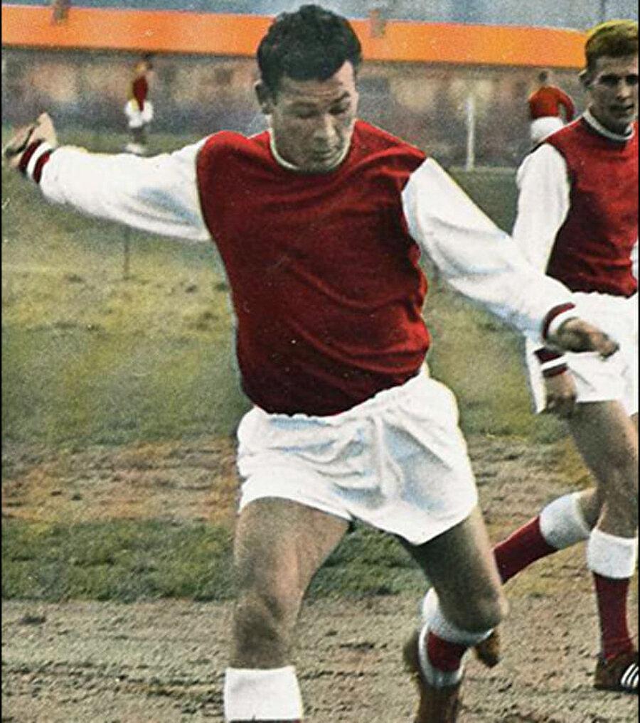 1956 yılında Fortaine, Stade Reims takımına transfer oldu. 6 yıl boyunca Reims'te forma giyen Fontaine çıktığı 131 maçta 122 gol kaydetti.