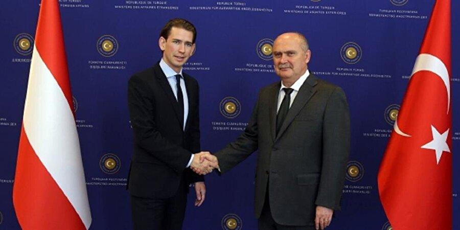 Programda 'AB'nin Türkiye ile müzakereleri kesmesi ve bunun için müttefikler aranacağı ' ifadesi de var.