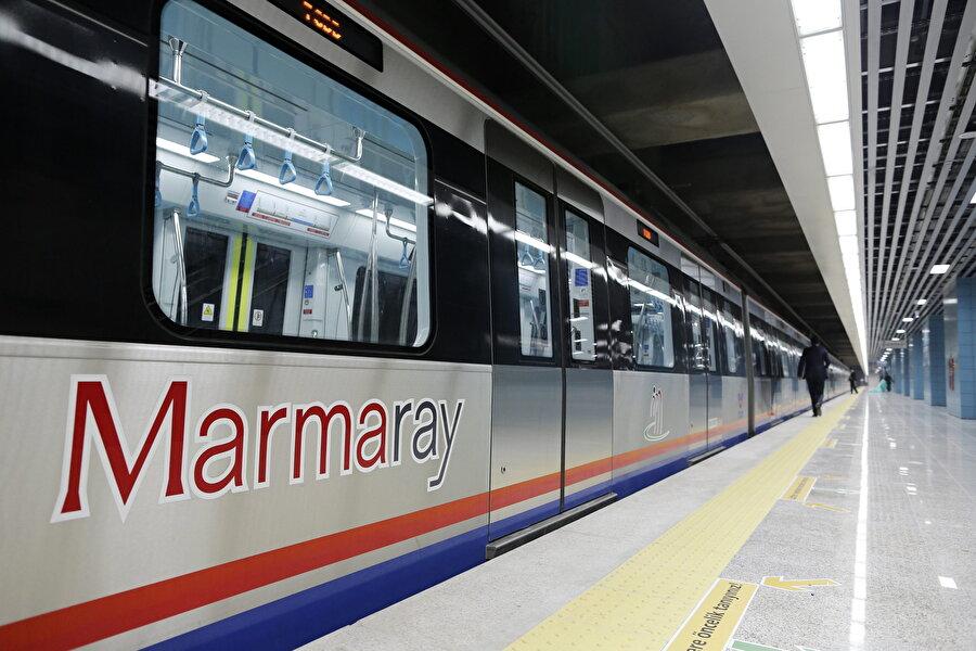 Birçok proje onun öncülüğünde gerçekleşti. Marmaray ve Yüksek Hızlı Tren projelerini bizzat kendisi yönetti.