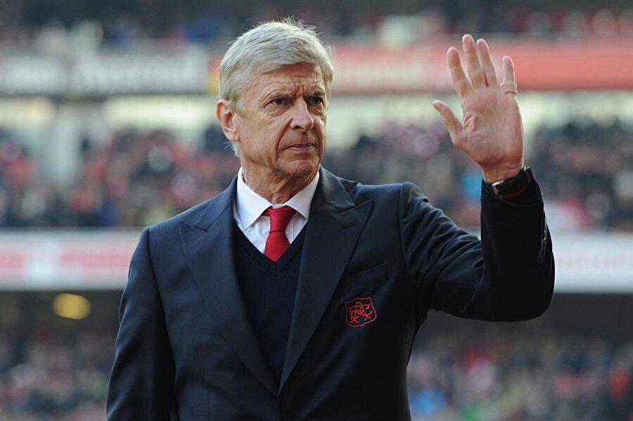 62 yaşındaki teknik adam Arsenal'in başında birçok başarıya imza attı.