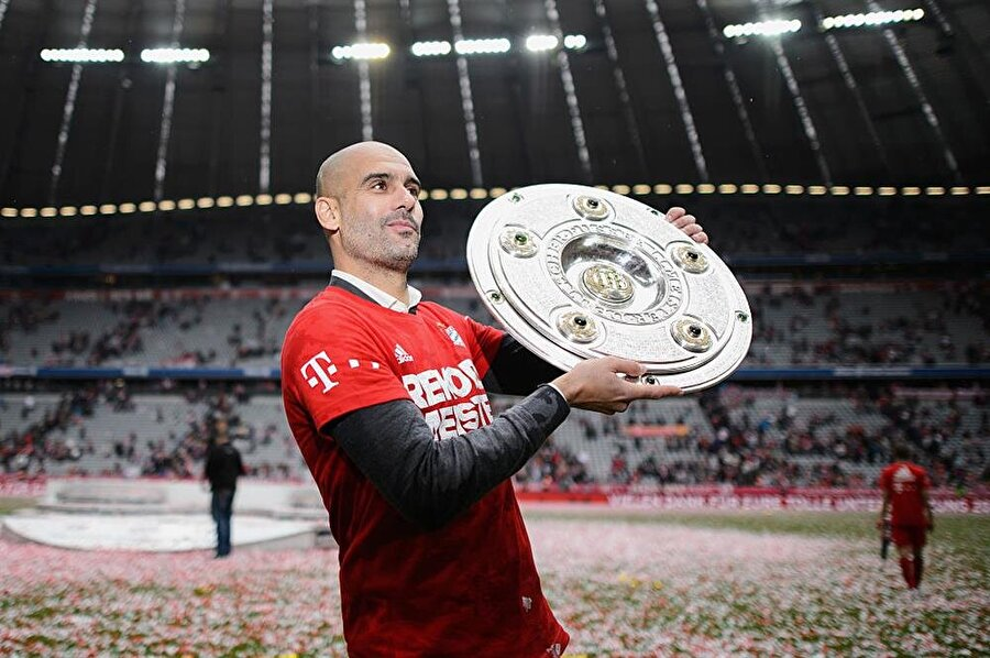 Bayern Münih kariyeri de Guardiola için son derece verimli geçti. Guardiola yönetimindeki Bayern Münih; 3 Bundesliga, 2 Almanya Kupası, 1 UEFA Süper Kupası ve 1 Kulüpler Dünya Kupası başarısı yaşadı.