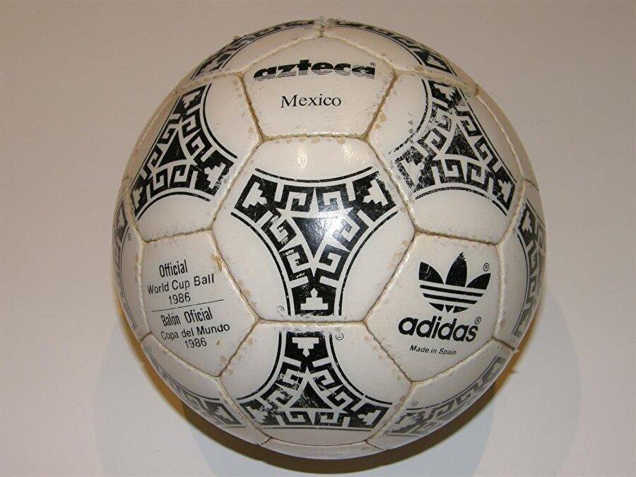 1986-Meksika 1986 Dünya Kupası 31 Mayıs-29 Haziran tarihleri arasında Meksika'da düzenlendi. Şampiyonluğa ise Arjantin uzandı.