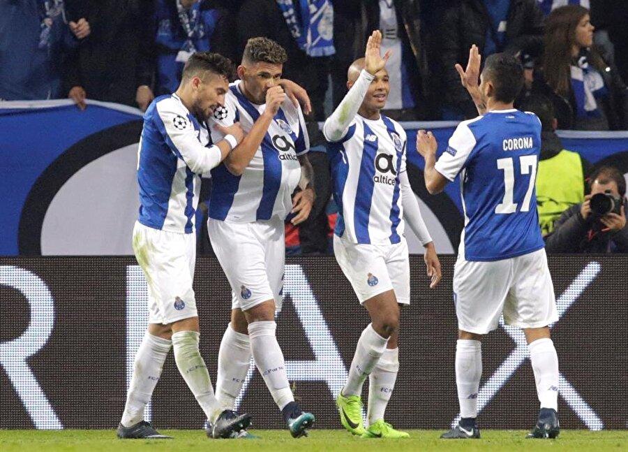 8. Porto