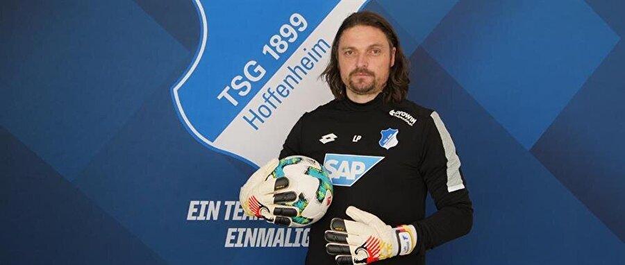 Futbolculuğun ardından Pfannenstiel çeşitli kulüplerde kaleci antrenörü olarak çalıştı. Son olarak Pfannenstiel, Alman ekibi TSG 1899 Hoffenheim'ın scout ekibinde yer aldı.