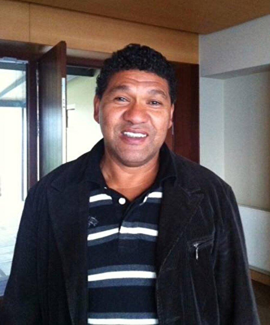 Donato futbolculuk kariyerinin ardından çeşitli takımlarda yardımcı antrenörlük ve teknik direktörlük yaptı.