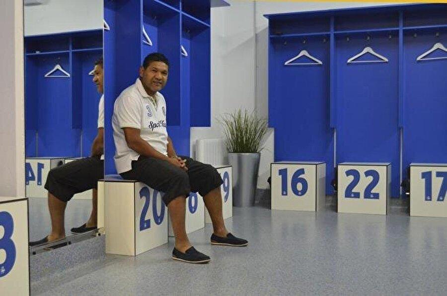1994 yılında İspanya Milli Takımı'ndan davet alan Donato, 12 kez ulusal formayı giydi.
