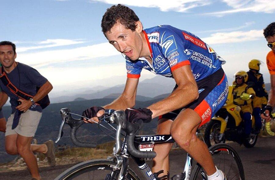 Roberto Heras                                      1974 doğumlu Roberto Heras, üç kez İspanya Bisiklet Turu'nu kazandı. Ünlü sporcu, 2005 yılında da İspanya Bisiklet Turu'nda şampiyon oldu. Ancak madalya doping yaptığı gerekçesiyle geri alındı.