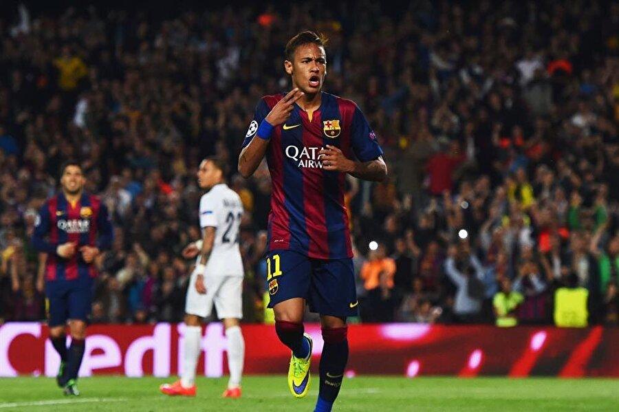 Avrupa macerasına İspanya'da başlayan Neymar, Barcelona'da sayısız başarı yaşadı. Barcelona formasıyla 186 maça çıkan Sambacı, 105 gol atıp 80 asist yaptı.