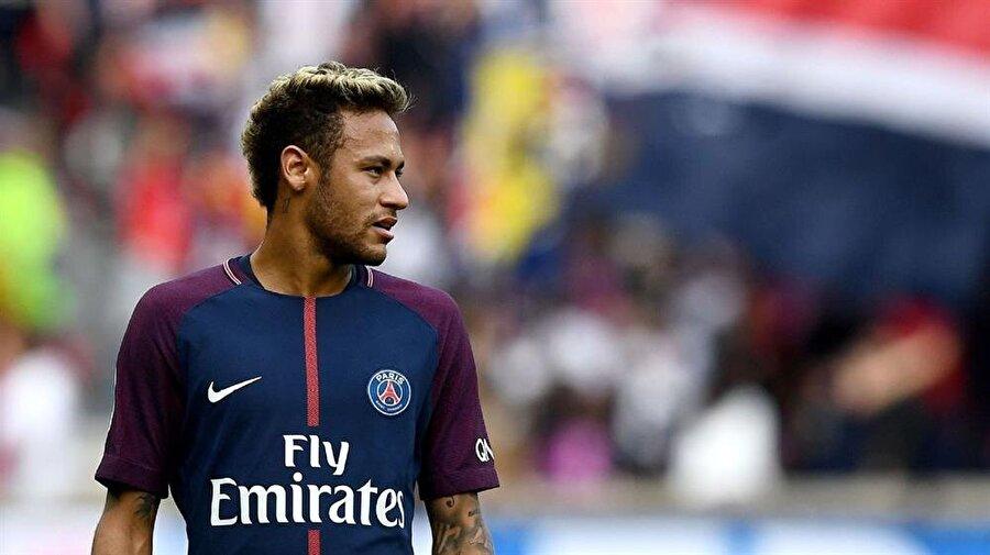 Futboldan zevk alan, mesleğine hayranlık duyan Neymar'ın başarısının sırrı ise burada gizli.