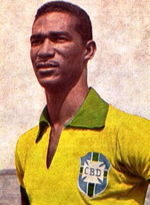 Valdir Pereira Didi, 8 Ekim 1928'de dünyaya geldi. Brezilya'daki tüm çocuklar gibi Didi de meşin yuvarlakla sokakta tanıştı. Çıplak ayakla mahalle aralarında, plajlarda top oynayan Didi kısa sürede dikkatleri üzerine çekti. 1944 yılında São Cristóvão kulübünün altyapısında futbola adım atan Didi'nin profesyonel kariyeri 1946'da başladı.