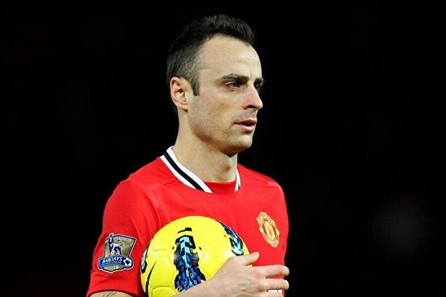 Manchester United ile 149 maça çıkan Bulgar futbolcu 56 gol tapı 27 asist yaptı.
