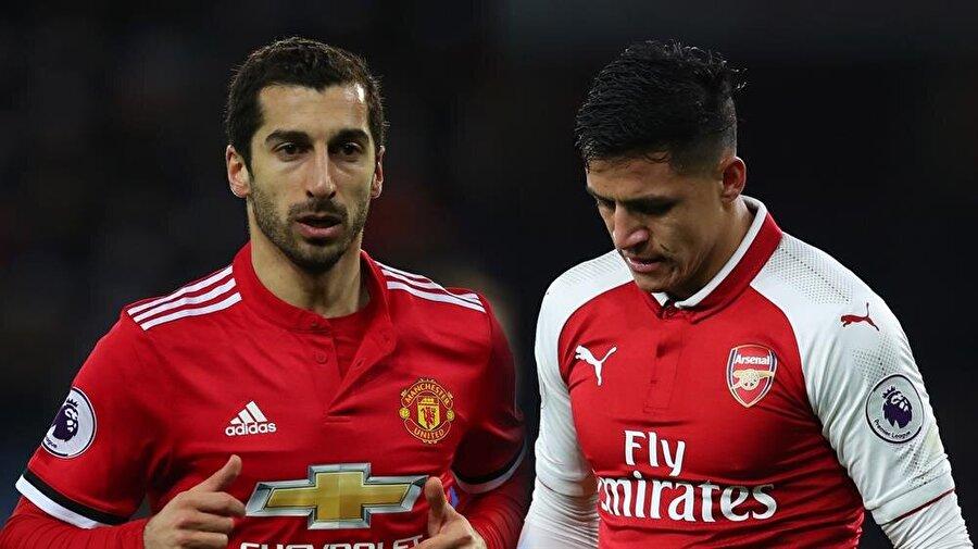 SANCHEZ - MKHITARYAN TAKASI                                      Arsenal'in Şilili yıldızı Sanchez'in takımdan ayrılma isteği biliniyordu ancak, 29 yaşındaki oyuncu bu isteğine ilk kez bu kadar yakın. Üstelik aynı Robin van Persie'nin yıllar önce yaptığı gibi bunu Manchester United'a giderek yapacak ve Arsenal de karşılığında United'dan önemli bir oyuncuyu, Mkhitaryan, takasla alacak. Böyle bir transfer senaryosu uzun yıllardır görülmemişti.