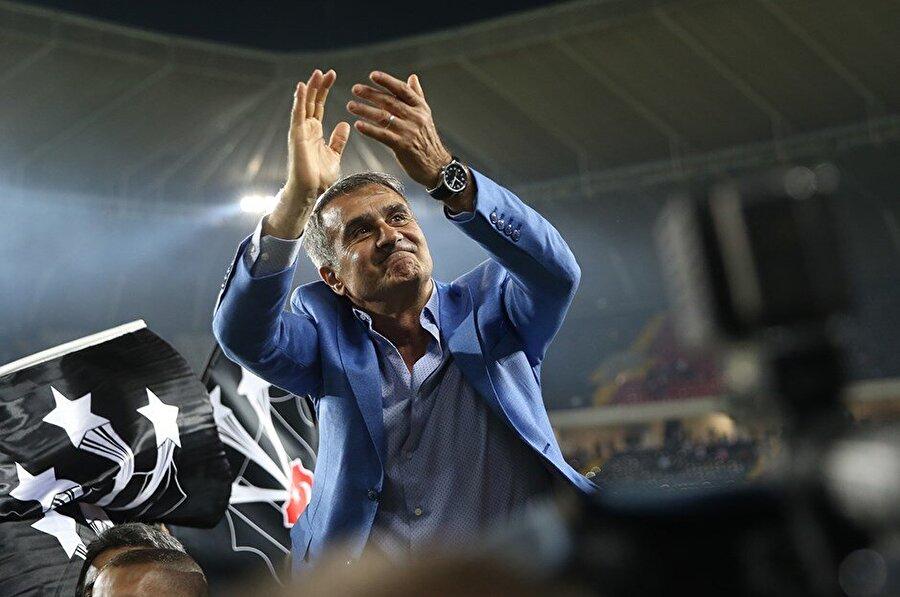 2015'te Beşiktaş ile anlaşma sağlayan Şenol Güneş, siyah-beyazlı kulübe ayrı bir ivme kazandırdı.