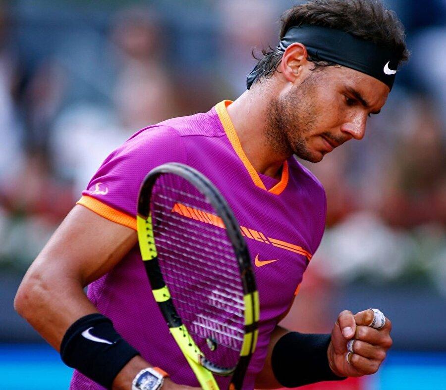Ayrıca Nadal, bir grand slamı dokuz kez kazanan ilk isimdir.