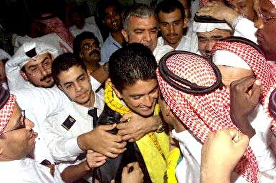 Bebeto Brezilyalı ünlü futbolcu Bebeto, 2002'de Suudi Arabistan ekibi İttihad'a transfer oldu.