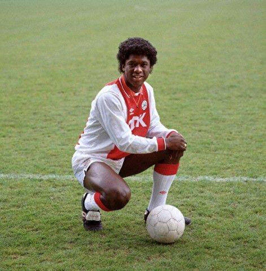 Clarence Seedorf 1 Nisan 1976'da Surinam'ın başkenti Paramaribo'da dünyaya geldi. Seedorf Ailesi, Clarence iki yaşındayken Hollanda'ya yerleşti. Hollanda efsanesi Johan Cruyff'un kurduğu bir ekip tarafından keşfedilen Seedorf, Ajax altyapısına transfer oldu.