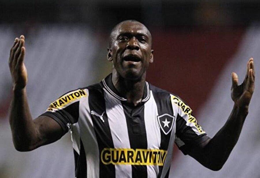 1 Temmuz 2012'de Seedorf eşinin ülkesi olan Brezilya ekibi Botafogo'ya transfer oldu. 36 yaşında Brezilya'ya ayak basan Seedorf, 59 maçta 17 gol kaydetti.
