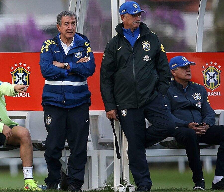 Brezilyalı futbol efsanesi 16 Temmuz 2014'te emekliye ayrıldı.